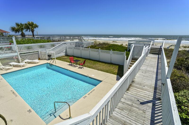 114EW - Oceanfront Duplex