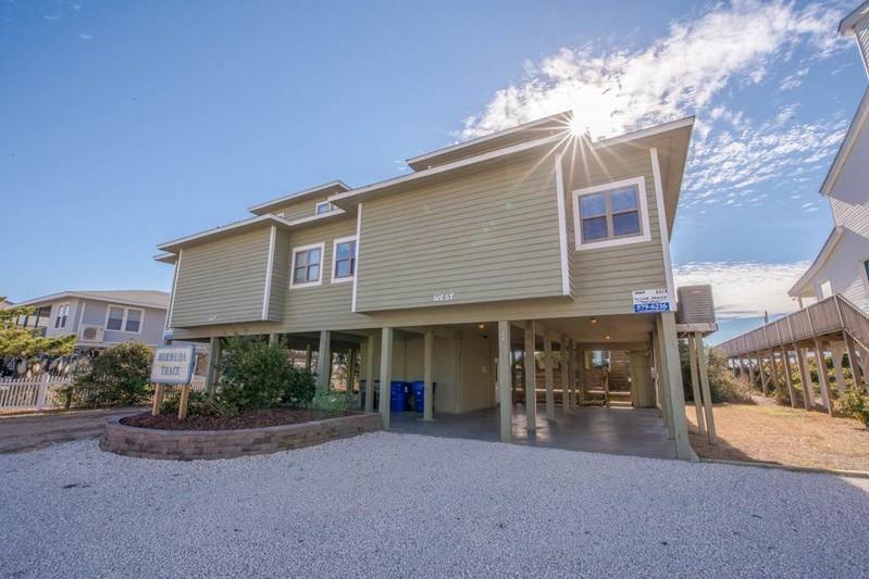 64EW - Oceanfront Duplex