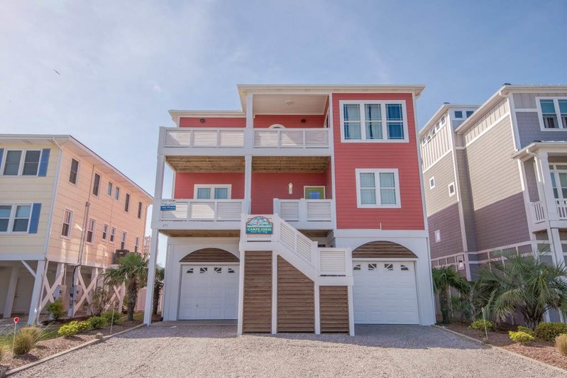 251W1 - Oceanfront House