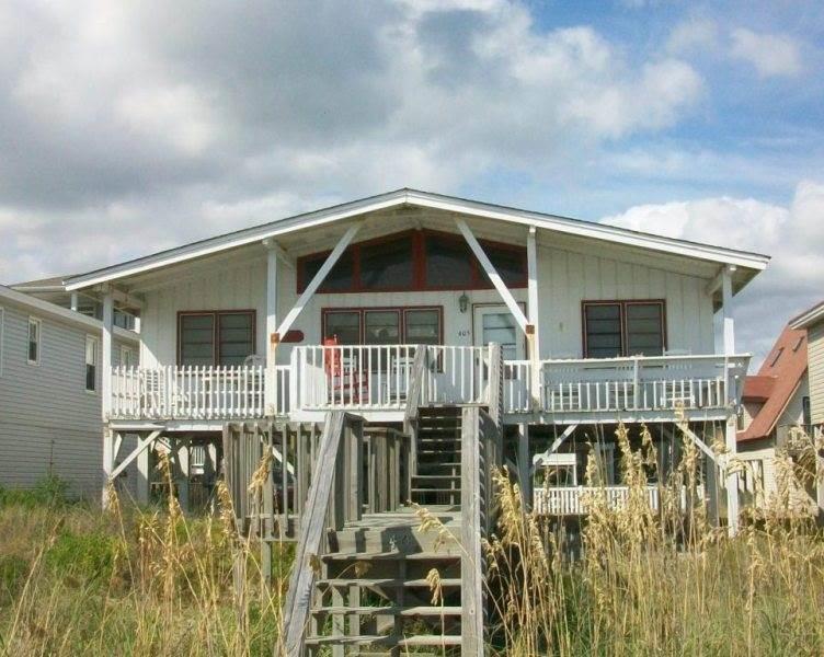 405E1 - Oceanfront House
