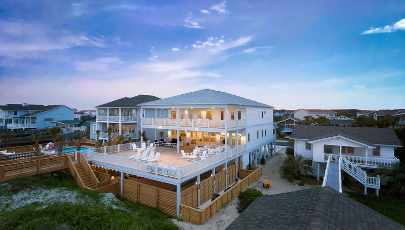 211W1 - Oceanfront House