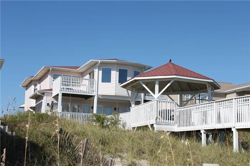 120E1 - Oceanfront House