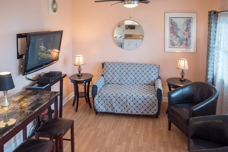 CM107 - 1 Bedroom Continental Motel
