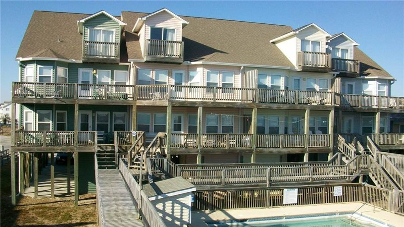 271W4 - Oceanfront Quadplex
