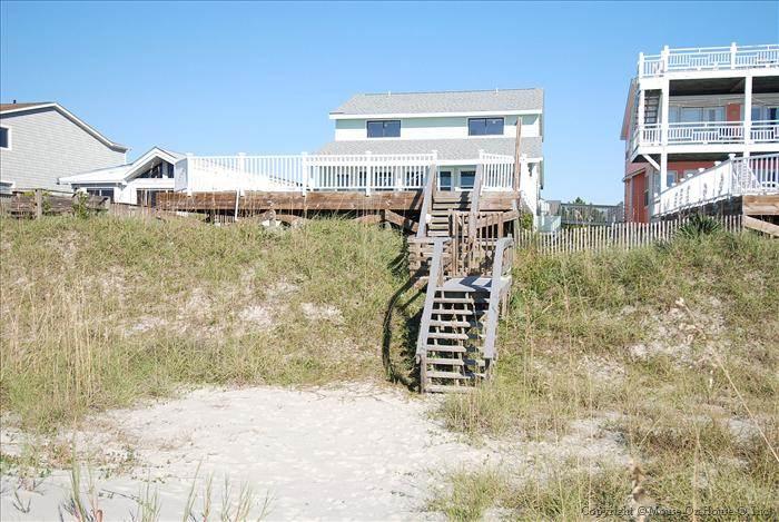146E1 - Oceanfront House