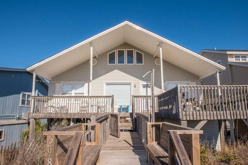 298E1- Oceanfront House