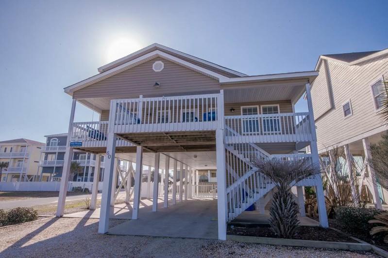 60E2 - Mid-Island House