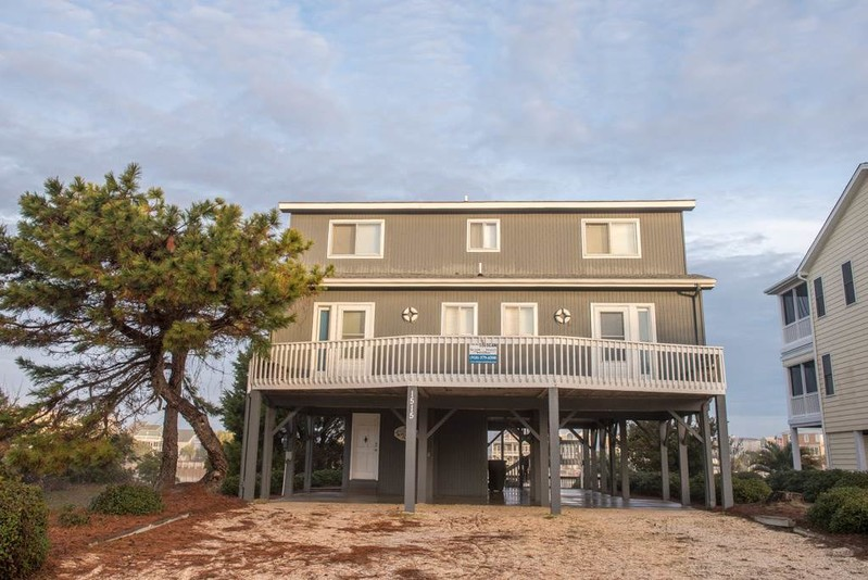 1515CAN - Bay Front House -SB