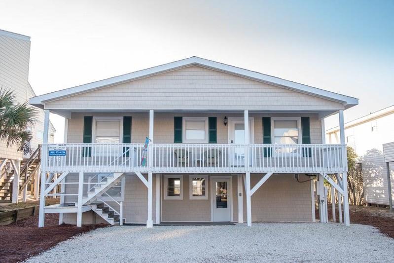340E1 - Oceanfront House