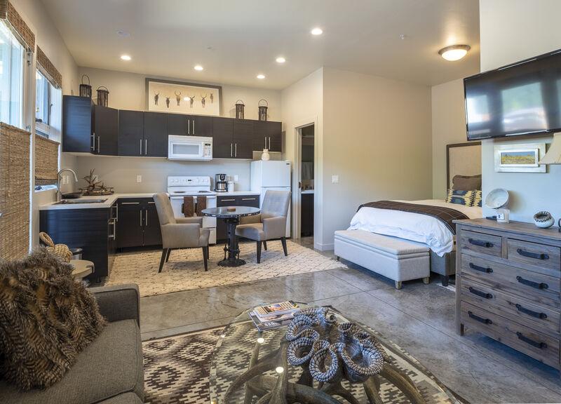 Abode at Penthouse Jackson