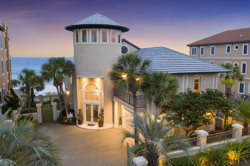 Bella Luna Gulf Front Destin Vacation Rental Five Star