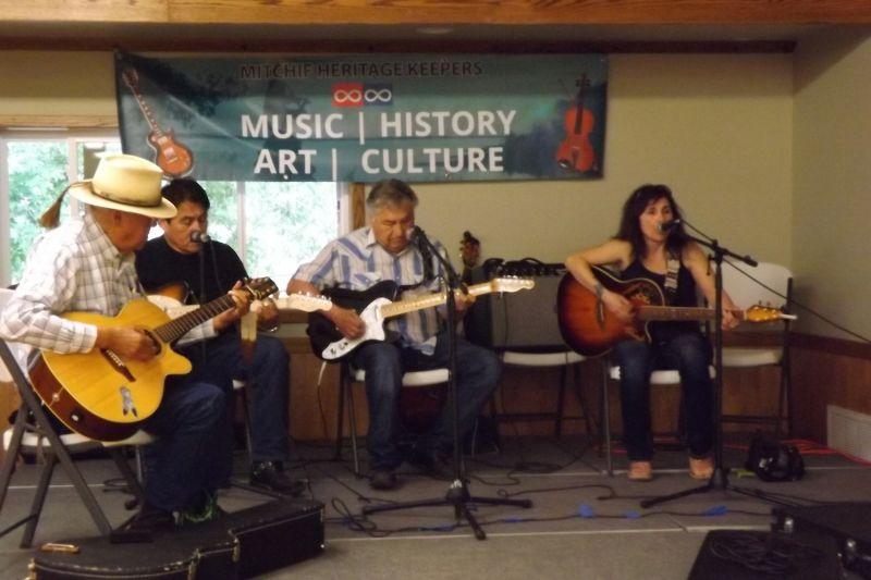 Metis musicians