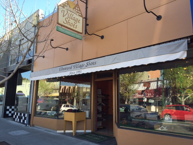 Elmwood Village Shoes, Berkeley, CA - Localwise business profile picture
