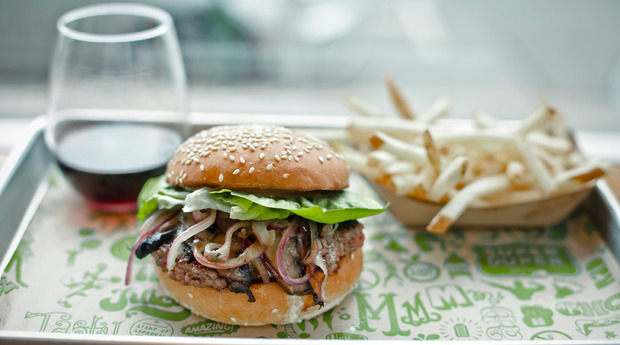 Super Duper Burgers, San Francisco, CA - Localwise business profile picture