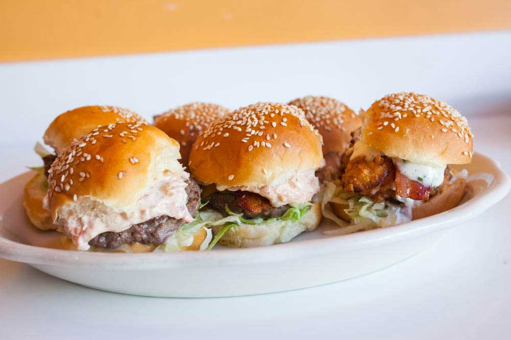 Phil's Sliders, Berkeley, CA - Localwise business profile picture