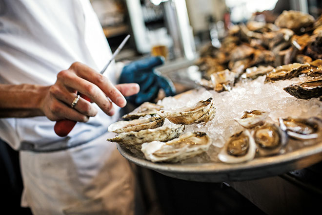 Leo's Oyster Bar, San Francisco, CA - Localwise business profile picture