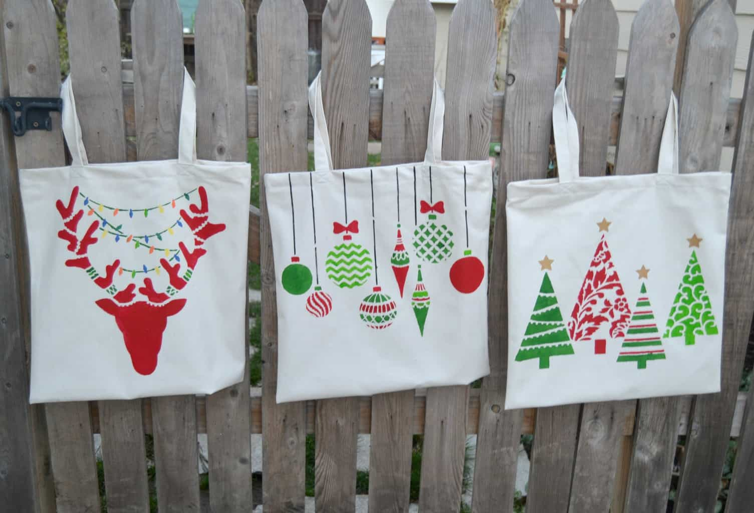 step up your holiday gift giving with something a little more personalthis diy tote bag is so simple and children will love using their very own tote bag