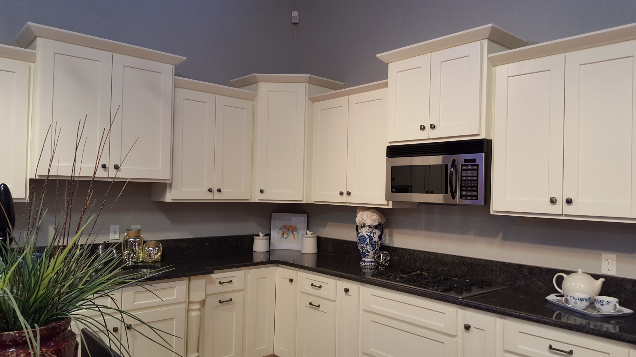Photos Of Knotty Wood Alder Cabinets In The Kitchen