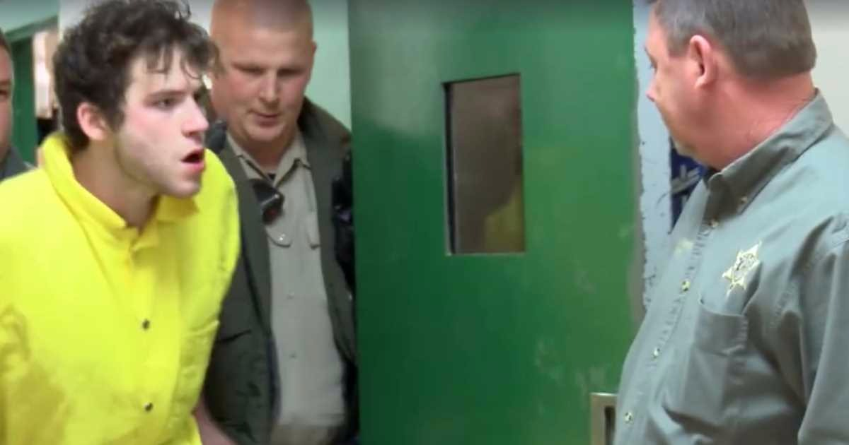 Video: Prisoner Daniel Berry Learns The Hard Way Why You Don't Headbutt The Police