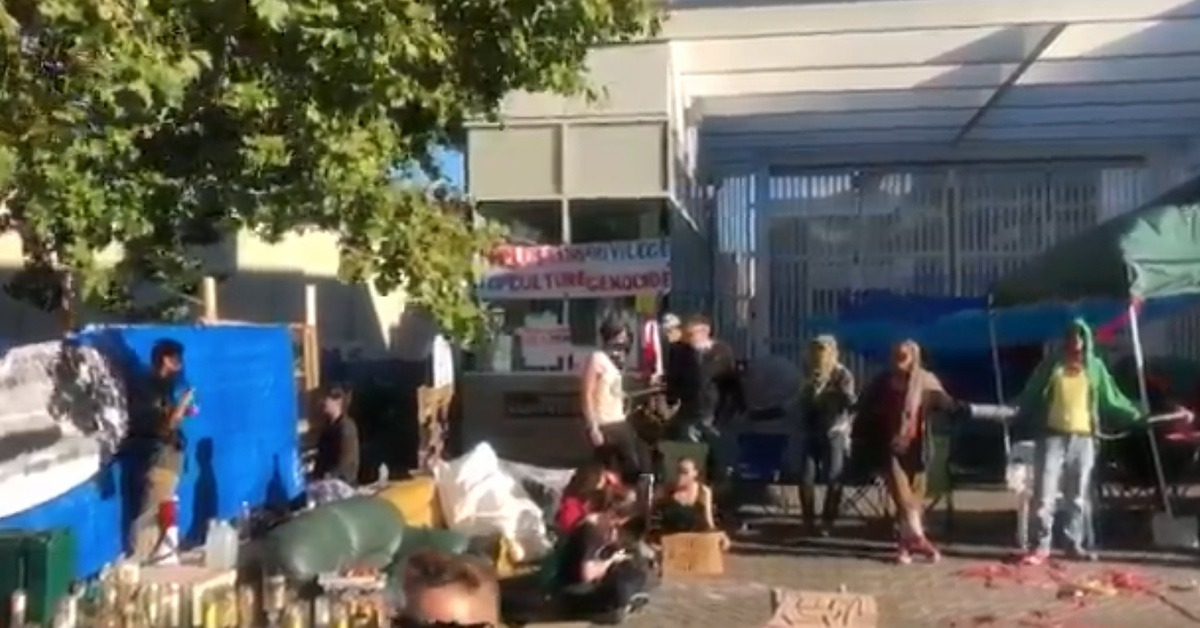 ICE Union Say Portland Mayor Ordered Police Not To Help Off-Duty ICE Employees