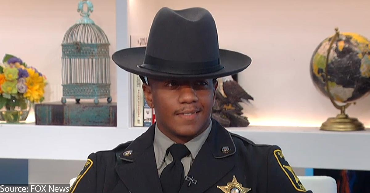 Security Guard Pardoned On Gun Felony Becomes Deputy