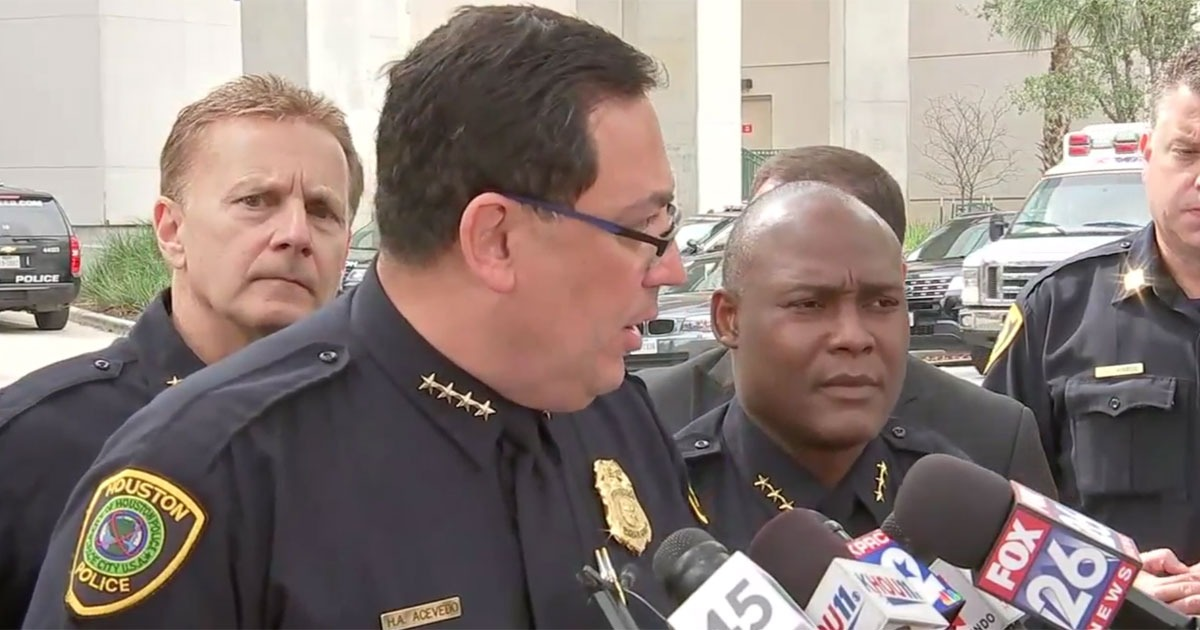 Houston PD Chief Acevedo: Vote Out Politicians Only 'Offering Prayers'