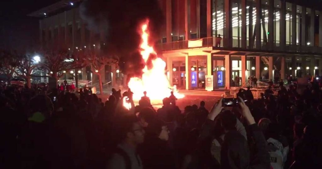 UC Police In Berkeley Ordered To Stand Down As Helpless Victims Were Beaten In Front Of Them