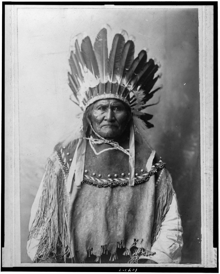 Know the Real Geronimo: Life of Native American Hero in Pictures