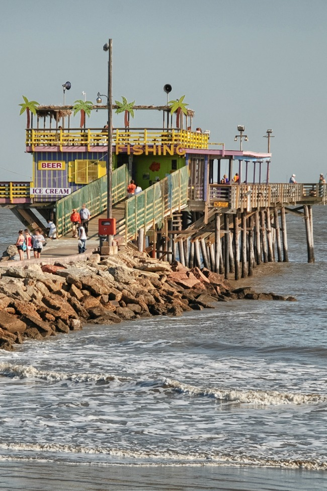 10 things to do with kids in galveston tx kids activities for Best fishing spots in galveston