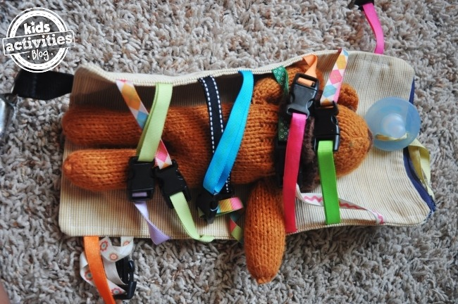 DIY CLIPPING TOY: ROAD TRIP SANITY WITH A TODDLER - Kids Activities