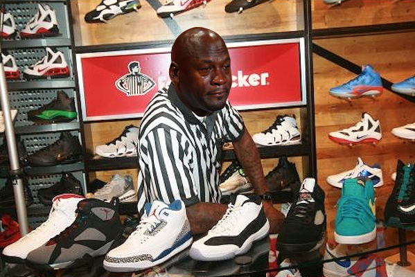 How Foot Locker is Firing Employees Who Resell on Facebook ...