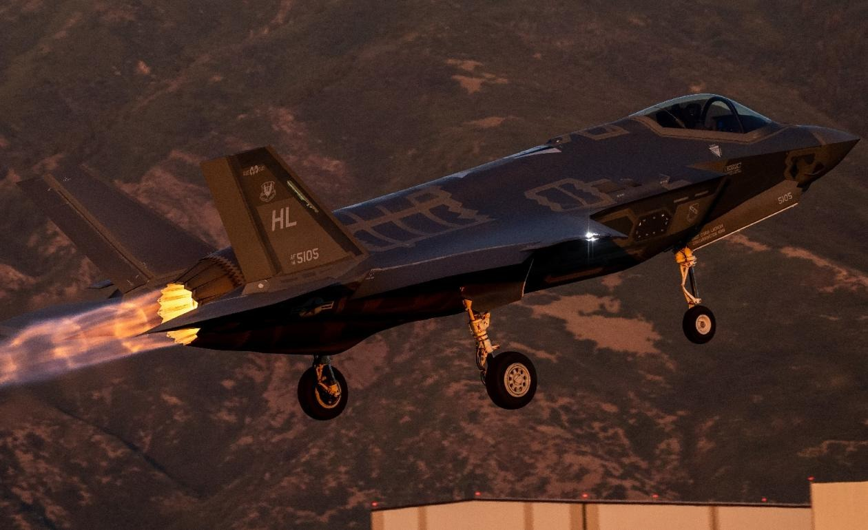 Could an Old Iranian F-5 Kill An F-35 Stealth Fighter In Battle?