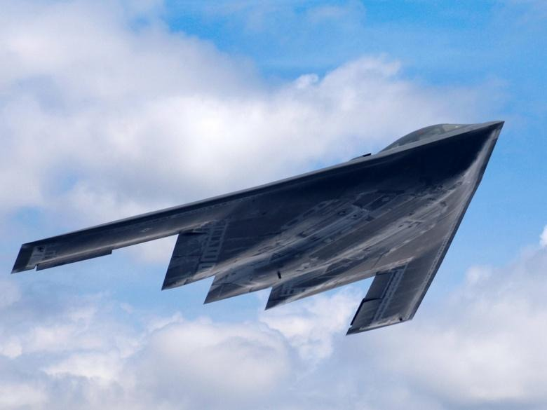 America's Lethal New B-21 vs. the B-2 Stealth Bomber - Warrior Maven
