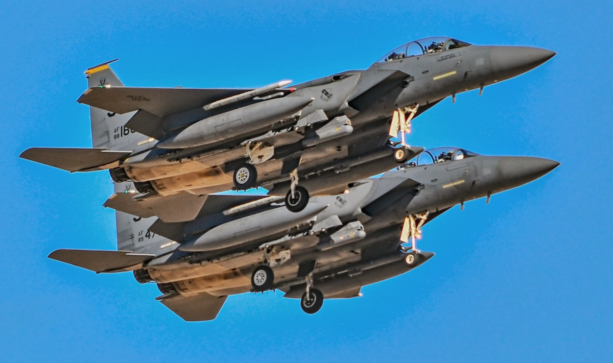 How an Old F-15 Just Might Kill Russia's New Stealth Su-57 in a 'Dogfight' - Warrior Maven