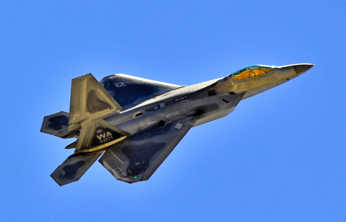 Researchers Could Be on the Verge of 'Super' Stealth Warplanes - Warrior Maven