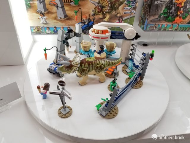 LEGO Simon Masrani JURASSIC WORLD FIGURE