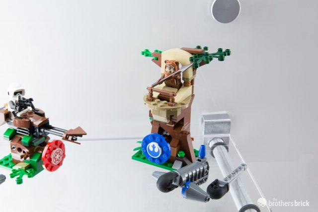 LEGO Star Wars 75238 Ewok Treehouse