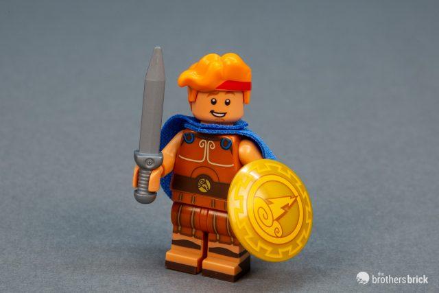 NEW Lego Girl Minifig Long Light BROWN HAIR Female Med Flesh Over Shoulder Wavy