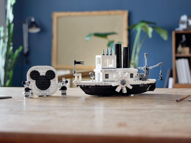 ced98291ba8 Details of LEGO Ideas Disney 21317 Steamboat Willie set including ...