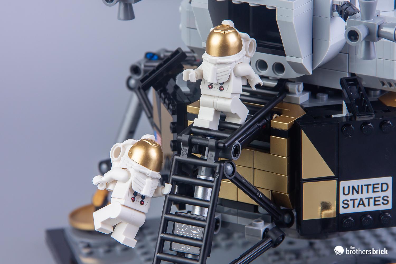 lego creator expert 10266 nasa apollo 11 lunar lander 41. Black Bedroom Furniture Sets. Home Design Ideas