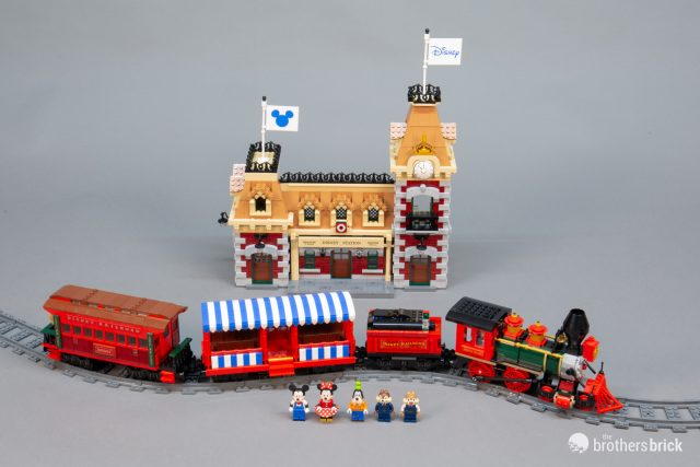 Train – DFW Brick World