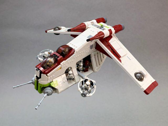 Wait, a not-grey Star Wars spaceship?