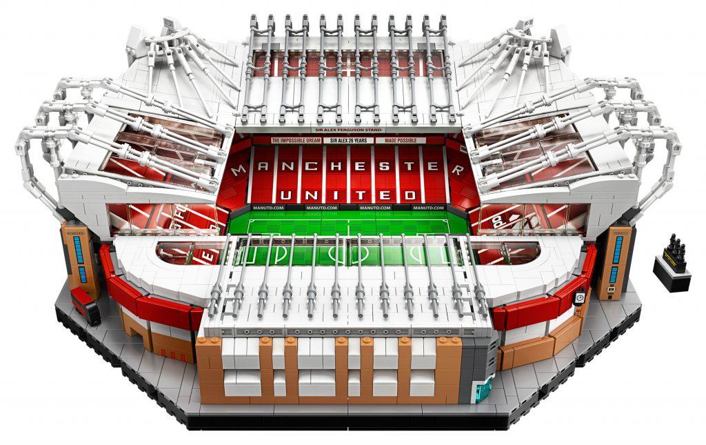 LEGO-Creator-Expert-10272-Old-Trafford-Manchester-United-9gPWT-17-1024x645.jpg