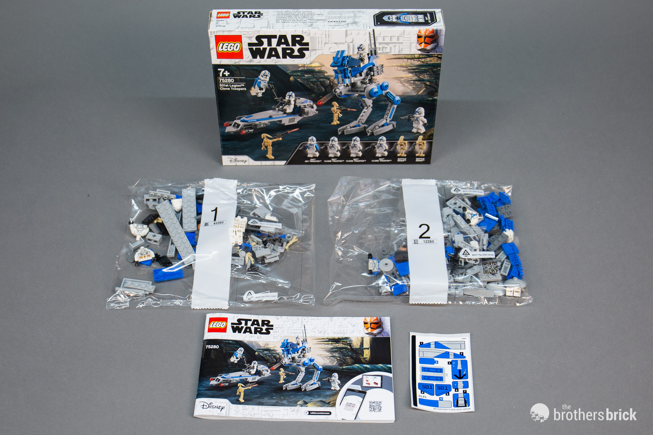 Lego Star Wars 75280 501st Legion Clone Troopers With At Rt Barc Speeder Review The Brothers Brick The Brothers Brick