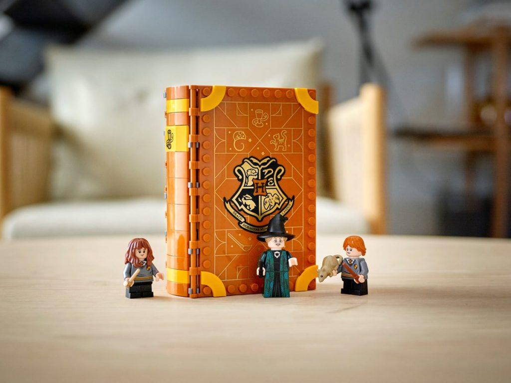 LEGO Harry Potter Transfiguration Class 76382_alt13 | The ...