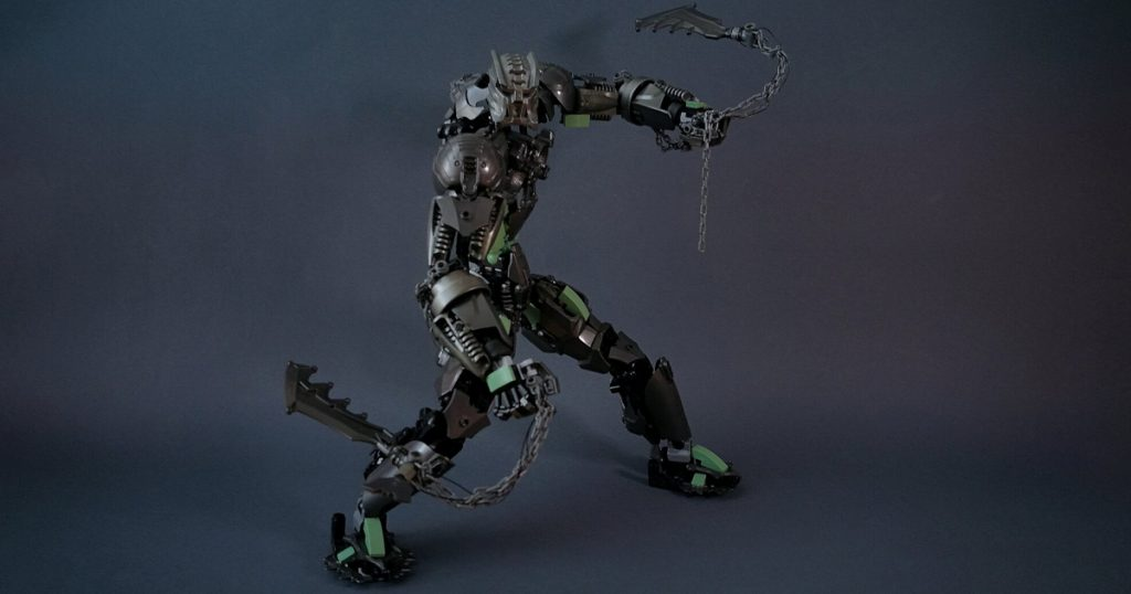 This LEGO creation from @petersheikah is full of Bionicle-fused energy. You don't want to be the next opponent to enter the arena against this colossus.