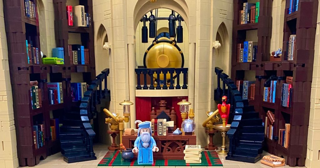 Two years after making a LEGO recreation of the Gryffindor Common Room from Harry Potter, Hans Dendauw is back with a fun, detailed version of Professor Dumbledore's office full of magic and nods to the films.