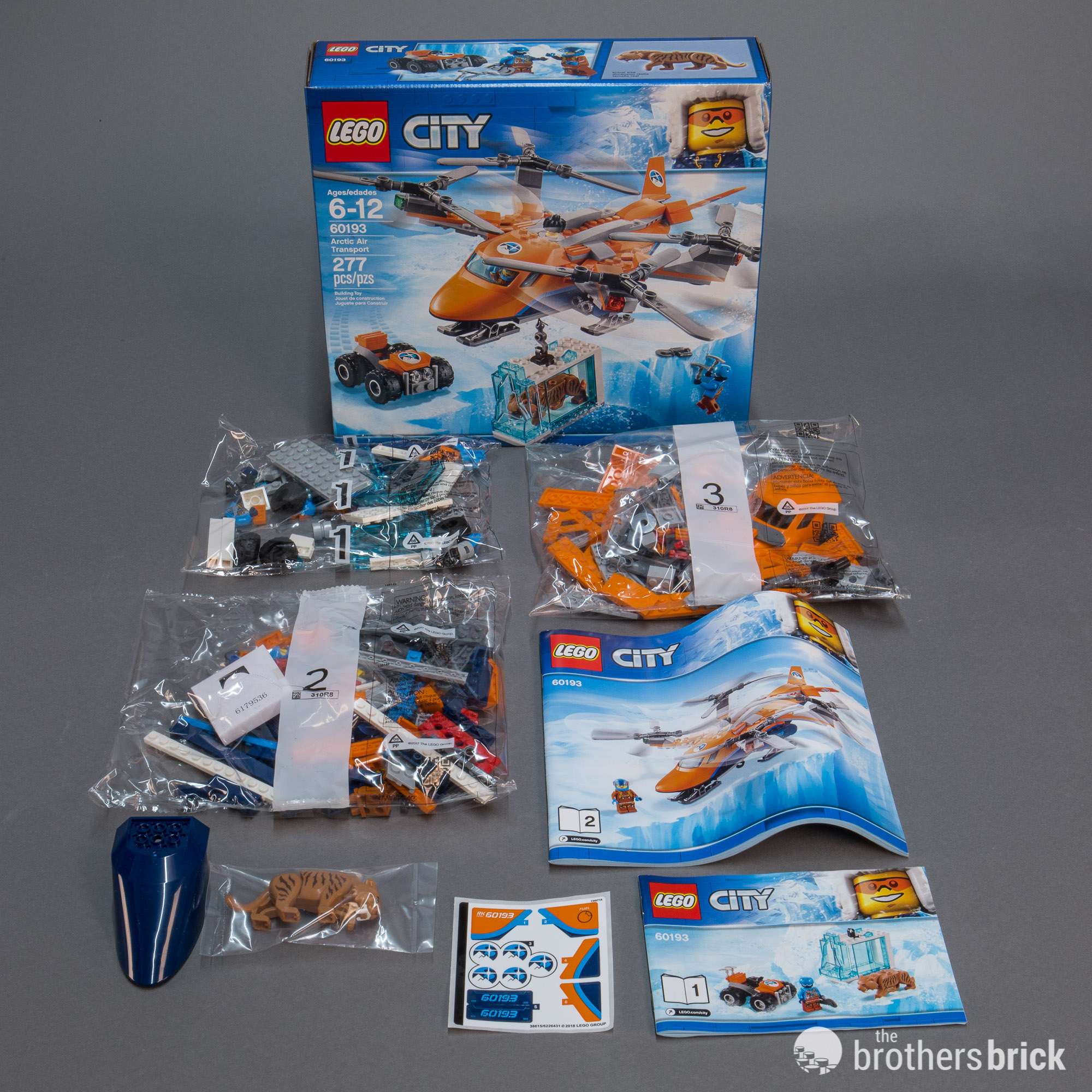 Saber-toothed cats join the hunt in LEGO City Arctic 60193 Arctic