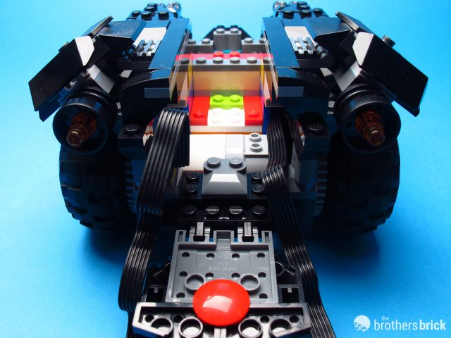 An in-depth look at the LEGO App-Controlled Batmobile 76112