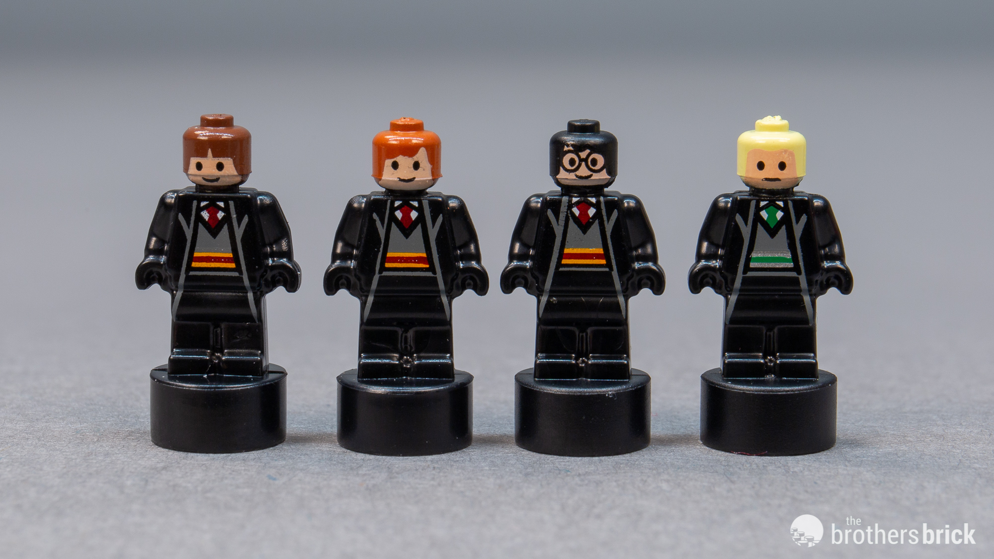 LEGO® Harry Potter™ Complete Set of 25 Microfigs From 71043 Statuette